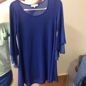 Blue Bell-Sleeved Casual Dress